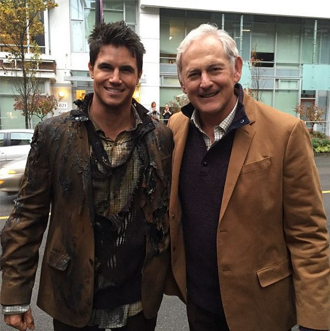 Robbie Amell and Victor Garber as Ronnie Raymond and Professor Martin Stein - Firestorm on The Flash