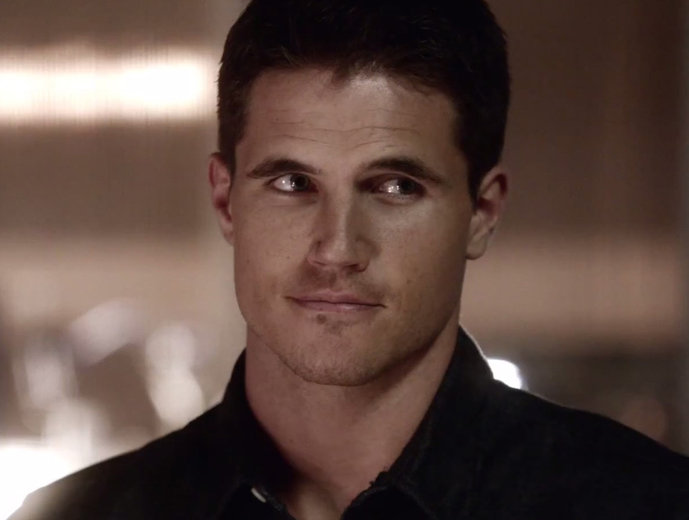 Robbie Amell as Ronnie Raymond on The Flash