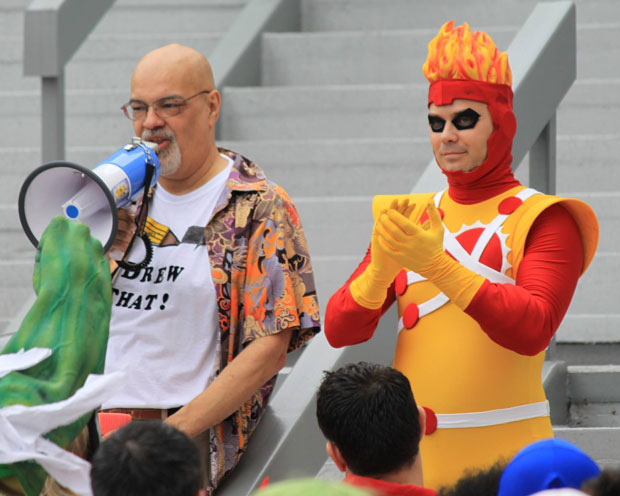 Allen Hansard as Firestorm with George Perez at DragonCon 2013