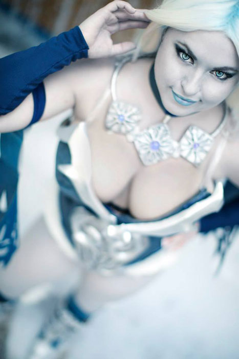 Killer Frost cosplay by Bethany Maddock at DragonCon 2013