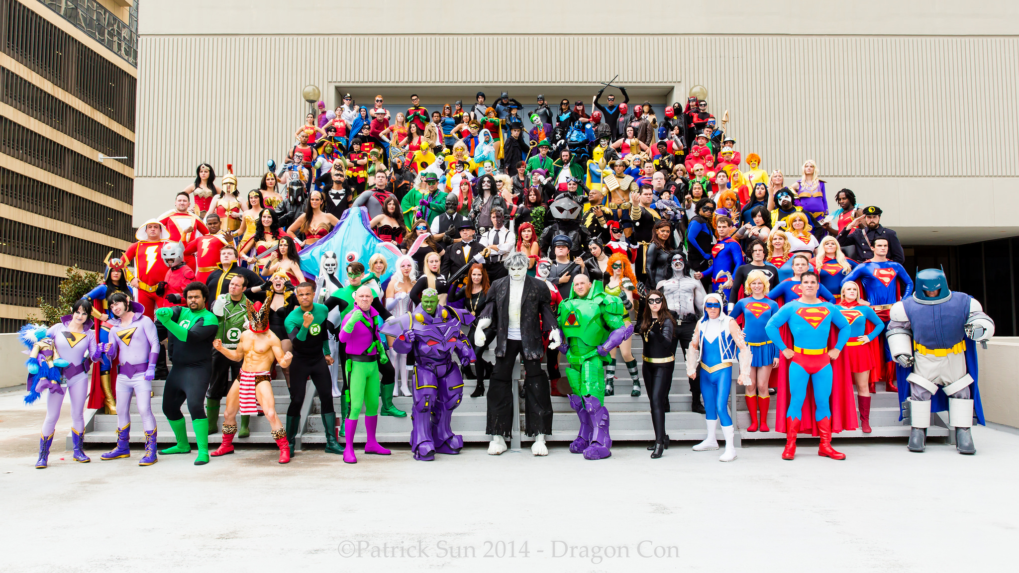 Dragon Con 2014 DC Comics Cosplay - Superhero Costuming Forum - photo by Patrick Sun